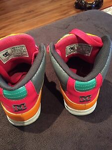 DC girls shoes  Oakville / Halton Region Toronto (GTA) image 4