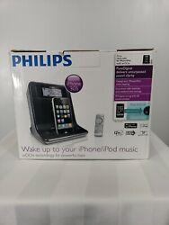 Philips Dc320/37 iphone 3GS/ipod docking station clock radio with w00x