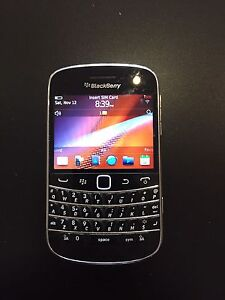 Blackberry 9900 lot for sale