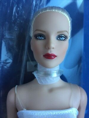 "Tonner 16"" 2010 ULTRA BASIC TYLER WENTWORTH PLATINUM Fashion Doll NRFB LE 300"