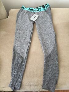 Woman's gym shark leggings size L