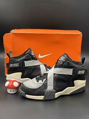 Nike Air Raid Trainer Raiders Black Grey White size 11.5 306354-001
