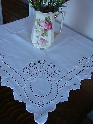 Lovely vintage white linen tablecloth superb open work embroidery 42