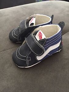 Baby Vans shoes Size 4