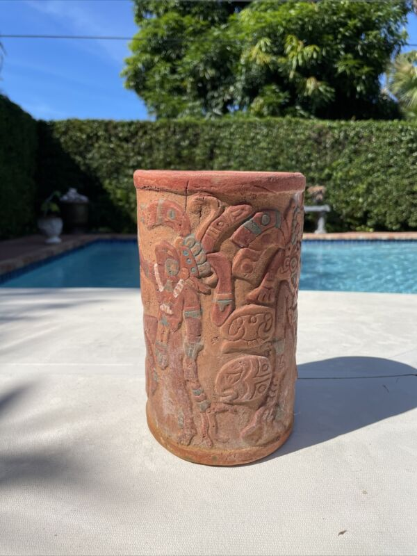 Mayan Mesoamerican Cacao cup pottery vessel hieroglyphs Mayan twin gods Hunahpu