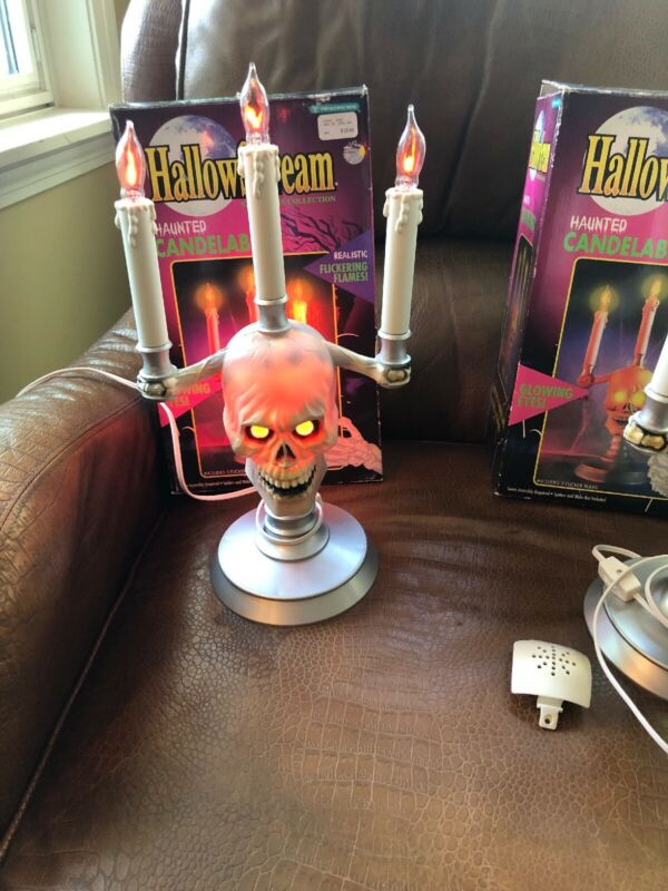 TRENDMASTERS HallowScream CANDELABRA Skull Flickering Flame Halloween