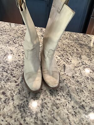 Vintage Gucci Leather 8 boots (