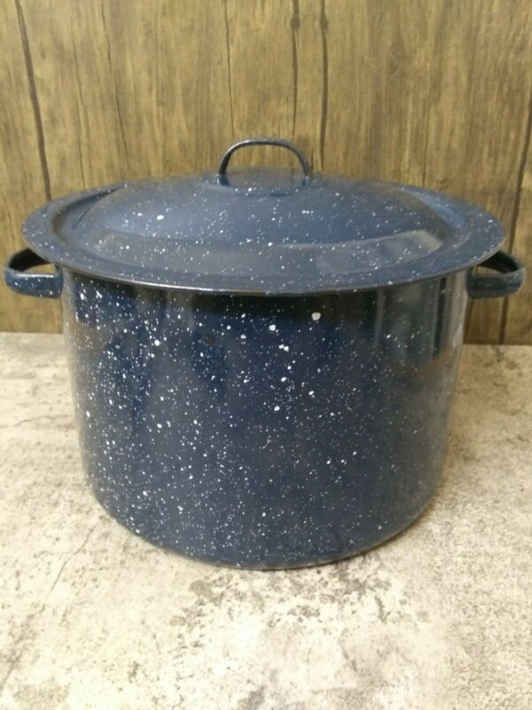 "Vintage Blue and White Graniteware Enamelware Medium Soup Pot w/Lid 10""x6.5"""