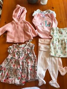 44e25ed5a27e Baby girls clothes size newborn - 3 months