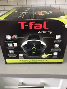 T-Fal ActiFry Express XL Low Oil Fryer