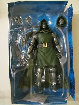 Marvel Legends - Fantastic Four - Doctor Doom - Loose & No BAF