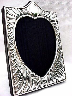 Charming Finest 999 Quality Hallmarked Silver London & Britannia Photo Frame.