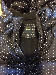 Baby gap snow suit with attaching booties and mits