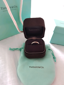 """Never used Tiffany & Co """"I love You"""" Platinum band ring"""