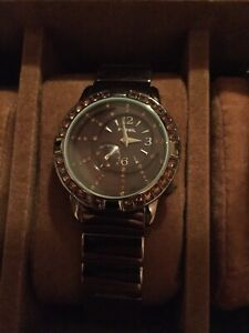 Women's FOSSIL WATCH.  Good condition.