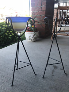 2 Outdoor metal stand with glass for tealight candles