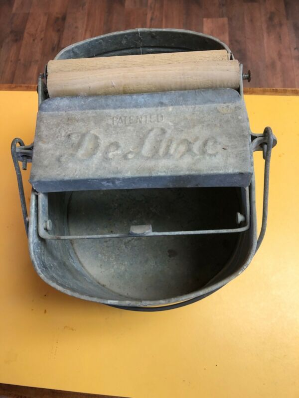 Vintage DeLuxe Galvanized Metal Mop Bucket w/ Wood Rollers Made in USA Country