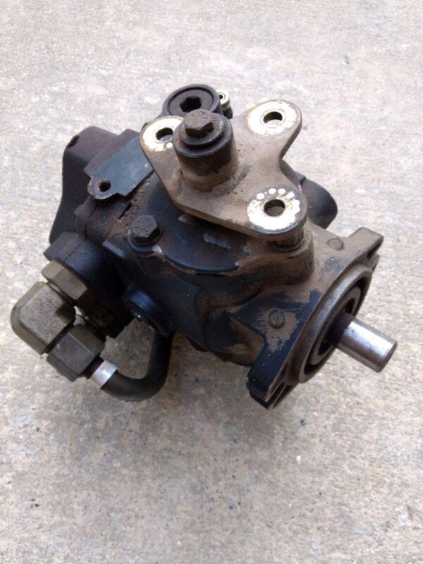Eaton Hydraulic Pump 70160-RAA-03 Variable Displacement Hydrostatic pump