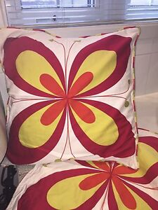 Deux Housses d'oreiller IKEA