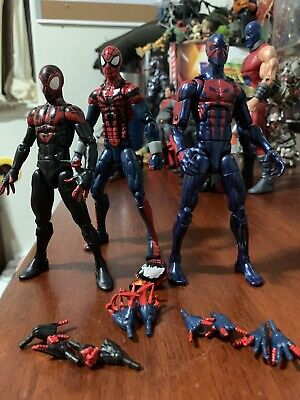 Marvel Legends Lot Spider-Man 2099, Spider Carnage , Spider-Man Miles Morales