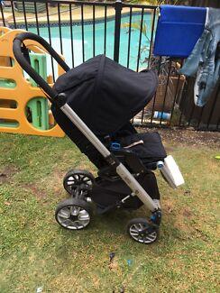 Baby's pram/stroller