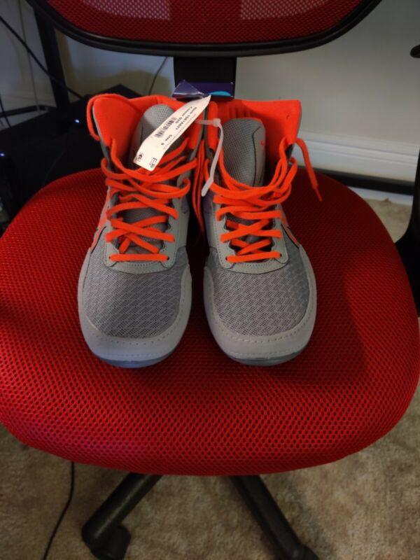 ASICS Tiger, Men Wrestling Shoes, Size 9