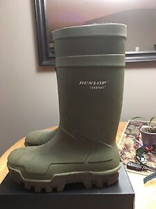 Dunlop Thermo Steel Toed Rubber Work boots  Size 13