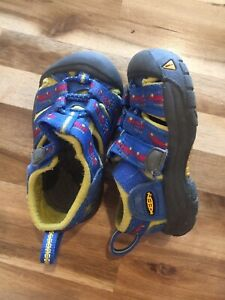 Size 4t Keen's