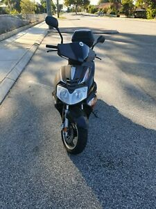 170cc Scooter super low klms