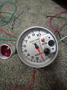 Autometer tacho and shift light Rockhampton Rockhampton City Preview