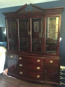 Beautiful mahogany china cabinet