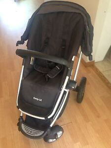 Maxi-Cosi Foray LX stroller