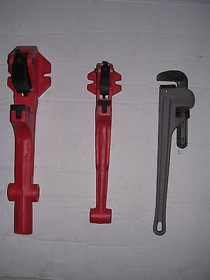 Two Foot Vise Pipe Wrench 12-2 Ridgid 65r Pipe Threader 811 815 11r 12r