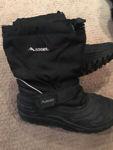 Ascent snow boots