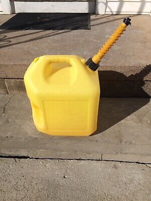 Vintage Midwest Pre-ban Vented 5 Gallon Diesel Fuel Can Made In Usa