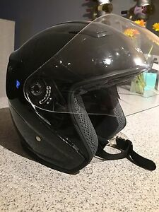 Small VCAN motorcycle helmet- DOT Approved