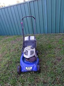VICTA TORNADO CLASSIC LAWN MOWER - 2 STROKE - IN GREAT COND! Mount Druitt Blacktown Area Preview