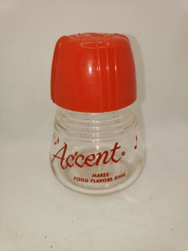 Accent shaker.glass jar.  Red Top spice.Shaker