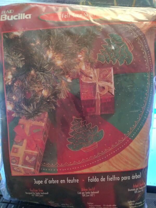 "Bucilla Felt Tree Skirt Festive Tree 43"""