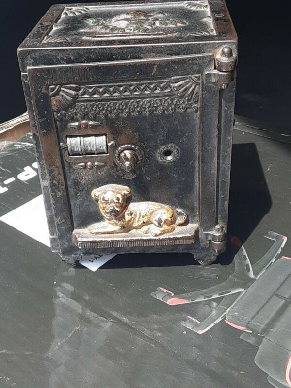 Antique J & E Stevens cast iron barking watchdog Mechanical safe bank orig Paint