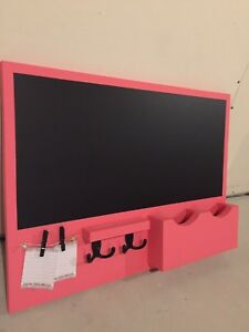Pink n blue chalkboards!