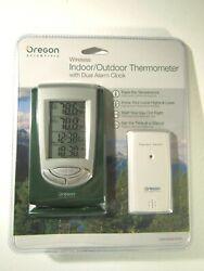 Oregon Scientific Wireless Indoor/Outdoor Thermometer Dual Alarm Clock RAR188A