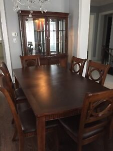 Solid wood 6 chair dining set and hutch