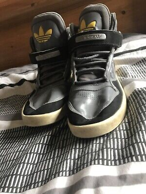 mens adidas high tops size 9