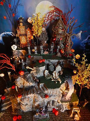 .HALLOWEEN Tall LIGHTED Village DISPLAY PLATFORM base, LOTS Stairs, Cave Dept 56 (Halloween Village Display Base)