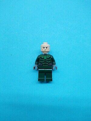 Lego Marvel Super Heroes Minifigure Vulture Neck Bracket 76114 Spider-man!