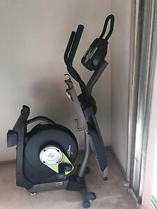 Cross trainer elliptical trainer - Near New Turner North Canberra Preview