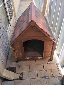 Well loved dog kennel Carlisle Victoria Park Area Preview