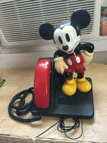 Vintage AT&T Mickey Mouse Disney Touchtone Corded Telephone Phone Q