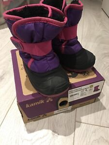 Kamik snow boots - girl size 6